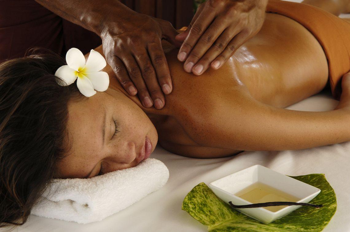 применение кокосового масла при массаже